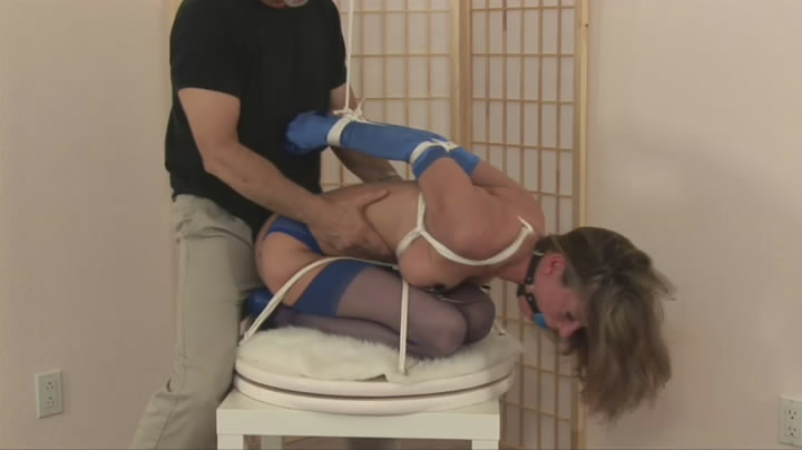 Daddy spank the pussy